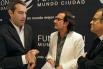 """David Escamilla va entregar EL PREMI SALVADOR ESCAMILLA DE RADIO 2016 a """"CATALUNYA VESPRE"""" Y """"VERSIÓ RAC 1""""."""